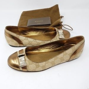 100% Auth Gucci Flat Shoes Size 36.5